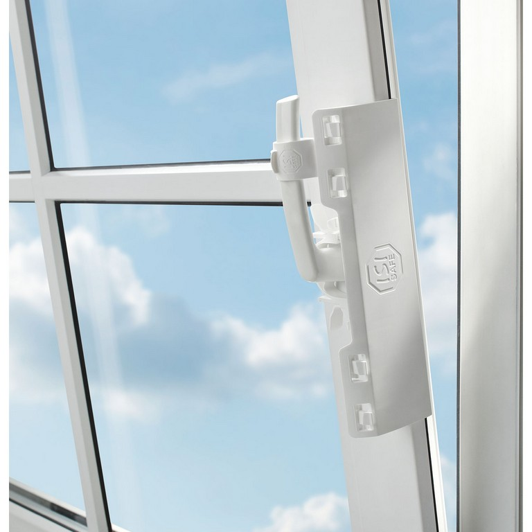 Isi Safe Fenstersicherung Bajoech intended for sizing 1500 X 1500